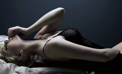 Эротический массаж в четыре руки